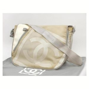 Chanel CC Jumbo Sports Logo Flap Messenger 235828
